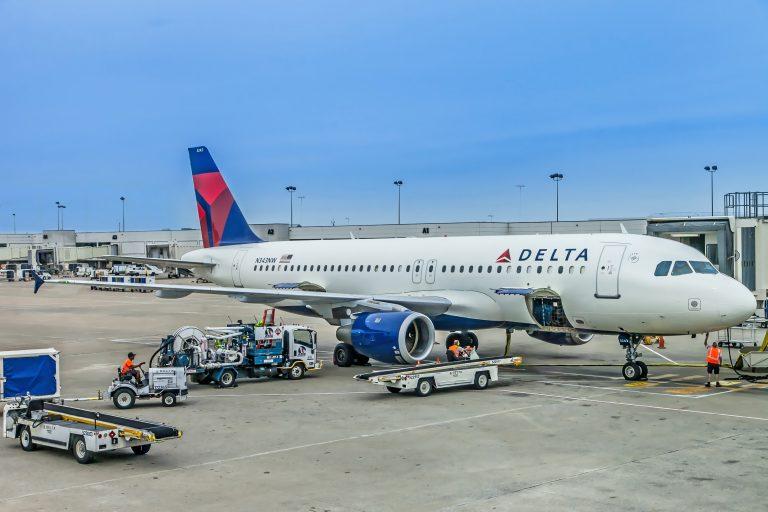 Rezerwacja biletów lotniczych
